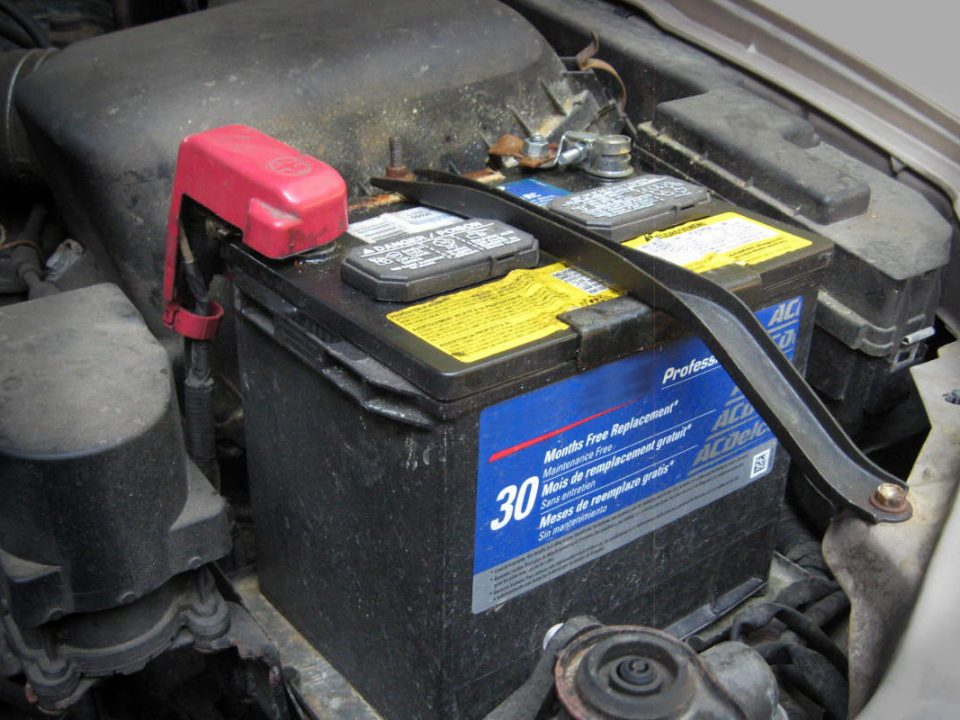 و نکاتی باتری خودرو پیرامون آن