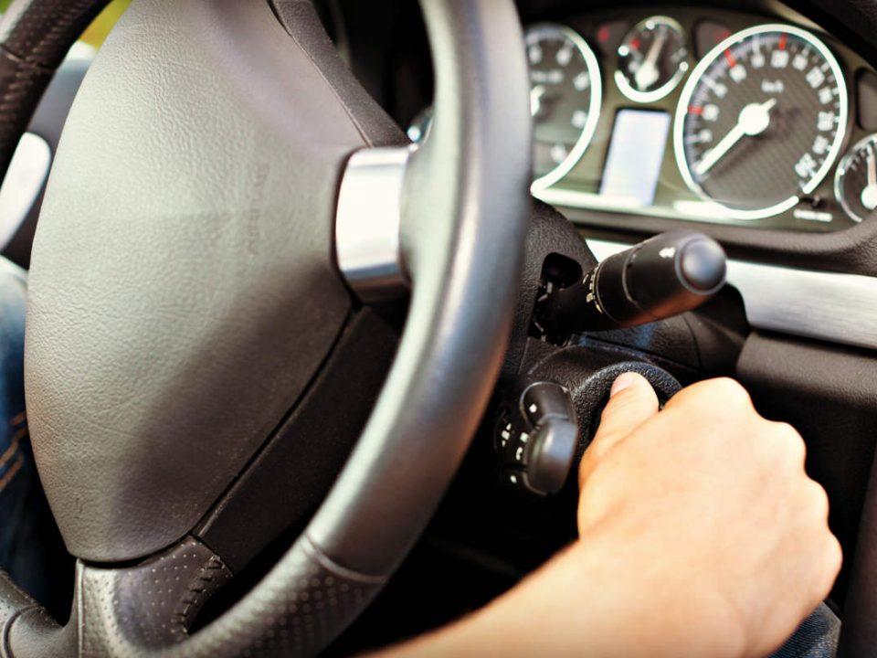 مهمترین دلایل استارت نخوردن خودرو چیست؟