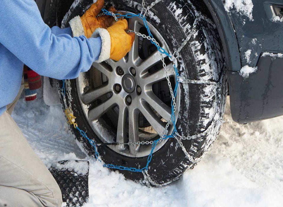 استفاده از لاستیک های یخشکن یا زنجیر چرخ کدام یک ؟ – اتوکلینیک رضایی