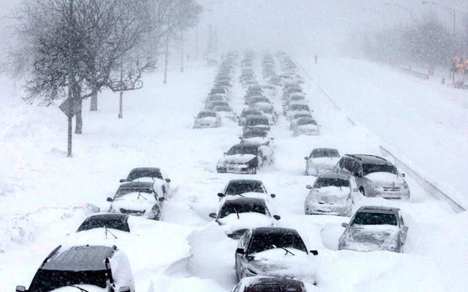 رانندگی کردن در برف و یخ و سر خوردن بر روی آن – اتوکلینیک رضایی