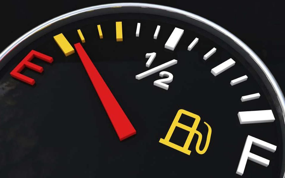 چگونه سوخت کمتر مصرف کنیم - اتوکلینیک رضایی