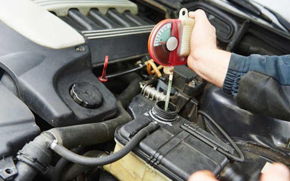 مزایا و فواید فلاش کردن موتور خودرو چیست؟ - اتوکلینیک رضایی