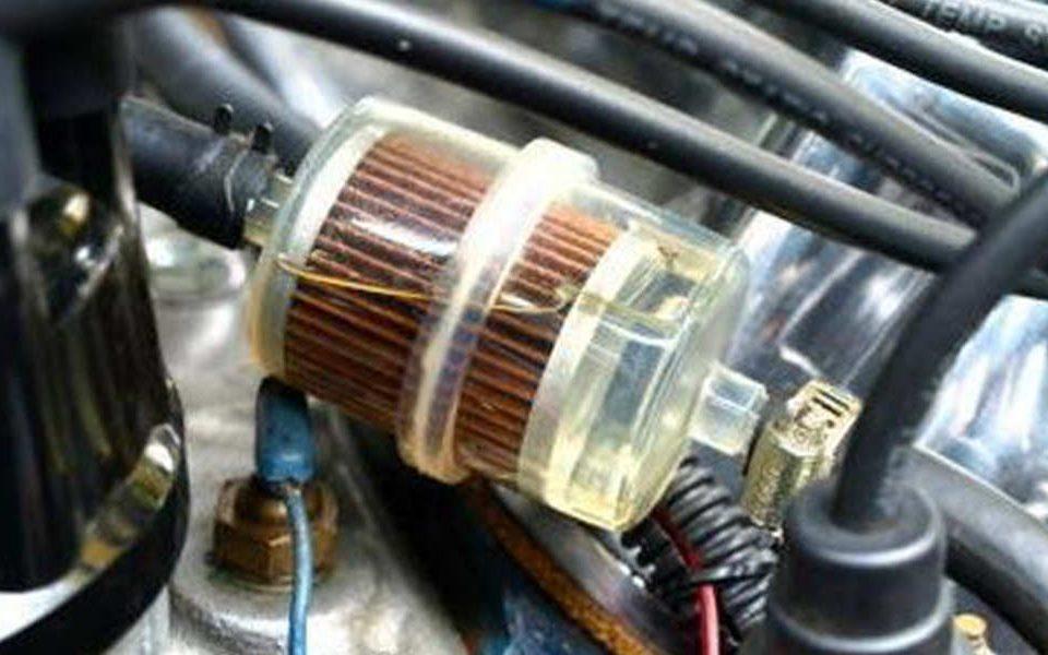 چه موقع باید فیلتر بنزین ماشین را تعویض کنیم؟ - اتوکلینیک رضایی