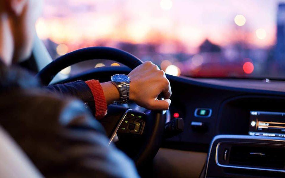 نکاتی که در طول سفر با خودرو شخصی باید آن ها را رعایت کنیم - اتوکلینیک رضایی